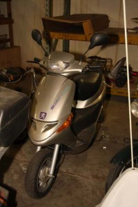 Peugeot Scoot'elect electric scooter (grey)-1996